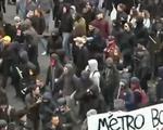 Biểu tình cải cách lao động tại Pháp biến thành bạo động