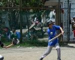 Dạy bóng chày giúp trẻ em thoát nghèo