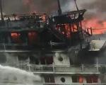 Kiểm tra các tàu du lịch trên vịnh Hạ Long, vịnh Bái Tử Long
