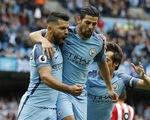 Vòng 1 Ngoại hạng Anh: Leicester thua sốc, Man City thắng may