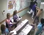 Nga: Bênh y tá, bác sĩ đánh bệnh nhân tử vong