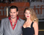 Phiên tòa giữa Johnny Depp và Amber Heard bị hoãn!