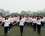 Hàng trăm bạn trẻ cất cao giọng hát trong MV thể hiện tinh thần Trần Lập