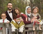 Gia đình Hồi giáo bị yêu cầu rời khỏi máy bay của United Airlines