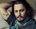 """Johnny Depp tránh """"bão ly hôn"""" ở đảo"""