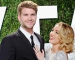 Miley Cyrus dọn về sống chung với tình cũ