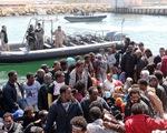 Phiến quân IS trà trộn trong dòng người tị nạn tràn vào châu Âu