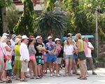 Hoạt động du lịch chui của người nước ngoài ngang nhiên diễn ra ở nhiều địa phương