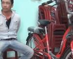 Quảng Bình: Bắt đối tượng giấu ma túy đá trong ghi đông xe đạp