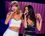 Bỏ Taylor Swift, Selena Gomez đón Quốc khánh Mỹ với bạn bè