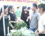 Người dân tấp nập tham gia tuần lễ Nông sản an toàn