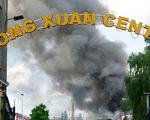 Cảnh tượng kinh hoàng trong vụ cháy chợ Đồng Xuân ở Berlin