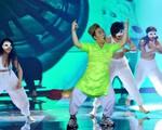 The Remix - Hòa âm ánh sáng 2016: Thánh mưa Trung Quân khoe vũ đạo cực dễ thương
