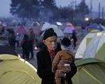 Hy Lạp cảnh báo nguy cơ bùng phát dịch bệnh tại khu tị nạn