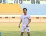 CLB Sài Gòn tập luyện vui vẻ trong ngày đầu tiên chuyển hộ khẩu