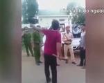 Dùng dao chém cảnh sát đòi phương tiện vi phạm giao thông
