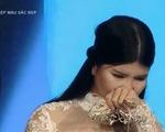 Phép màu sắc đẹp: Ca sĩ khuyết tật Thủy Tiên bật khóc với diện mạo mới