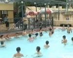 Lớp học bơi đặc biệt ở Hà Nội