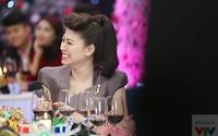 BTV Ngọc Trinh rạng rỡ tại Gặp gỡ VTV