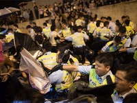 Hong Kong (Trung Quốc) bắt giữ 45 người biểu tình