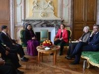 Phó Chủ tịch Quốc hội Tòng Thị Phóng thăm và làm việc tại Pháp