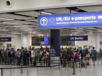 Đức chỉ trích kế hoạch hạn chế nhập cư của Anh