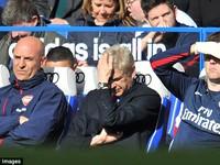 Trận thua 0-6 trước Chelsea vẫn ám ảnh Wenger