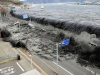 30 tỉ USD chưa đến được tay nạn nhân sóng thần Nhật Bản