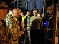 Ukraine và lực lượng nổi dậy trao đổi 73 tù bình