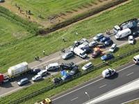 Đâm xe liên hoàn ở Hà Lan, 2 người thiệt mạng