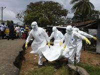 Tây Ban Nha tăng cường đối phó với Ebola