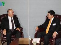 Phó Thủ tướng Phạm Bình Minh có nhiều cuộc gặp song phương tại LHQ