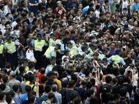 Hong Kong (Trung Quốc): Cơ quan công quyền cần trở lại làm việc vào thứ Hai