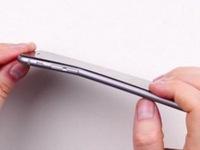 iPhone 6 Plus tạo ra cơn sốt uốn cong điện thoại