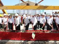 Thủ tướng dự lễ hợp long cầu Cửa Đại