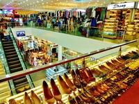 2016, doanh thu thị trường bán lẻ Việt Nam cán mốc 100 tỷ USD