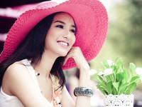 Hoa hậudu lịch Ngọc Diễm chấm CK 2 Người dẫn chương trình 2014
