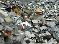Trung Quốc: Rác thải công nghiệp tăng cao kỷ lục