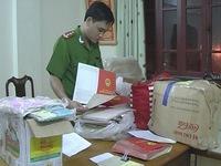 Hà Tĩnh: Bắt đối tượng lừa đảo thu gom hàng ngàn sổ đỏ
