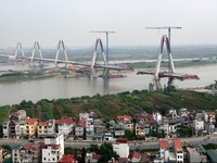 Cầu Nhật Tân chậm thông xe vì ban quản lý dự án chưa vào cuộc quyết liệt