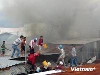 Cháy lớn, thiêu rụi 11 căn nhà tại An Giang