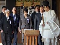 Hơn 100 nghị sĩ Nhật Bản viếng đền Yasukuni
