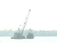 Bắt 3 tàu khai thác cát trái phép trên sông Đồng Nai