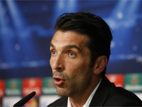 Gianluigi Buffon: Đừng huýt sáo Casillas; Juve chỉ cần Pogba khoảng một tiếng
