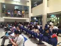 Nắng nóng kéo dài, hàng nghìn trẻ nhập viện