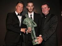 SỐC: Nhận giải Cầu thủ xuất sắc nhất Man Utd, De Gea vẫn không hứa hẹn ở lại