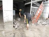Quảng Ninh: Gần 100 hộ dân vẫn ngập trong bùn xỉ than