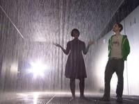 Kỳ ảo triển lãm Căn phòng mưa ở Thượng Hải, Trung Quốc