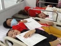 Hải Phòng: 16 xe cứu thương vận chuyển 500 công nhân ngộ độc thực phẩm