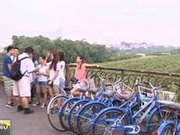 Du lịch Hà Nội miễn phí bằng xe đạp